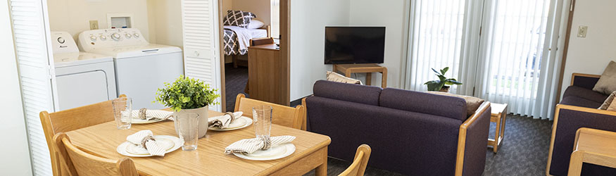 photo of the dining and living room in a university park apartment