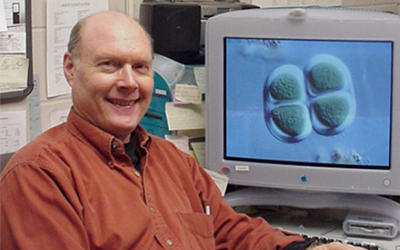 2005 International Education Award Recipient was Professor Wayne Carmichael from The Department of Biological Sciences.