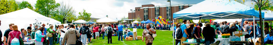 photo of students at may daze