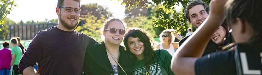 photo of alumni at homecoming