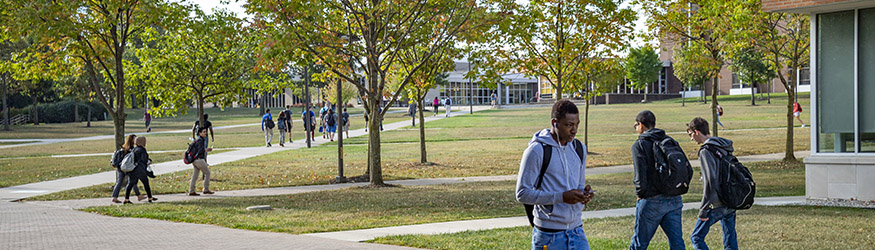 photo of students outside on campus