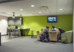 photo of commuter lounge